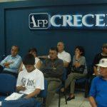 Los ahorros de los cotizantes de las AFP son supervisados a diario. Foto EDH / ARCHIVO