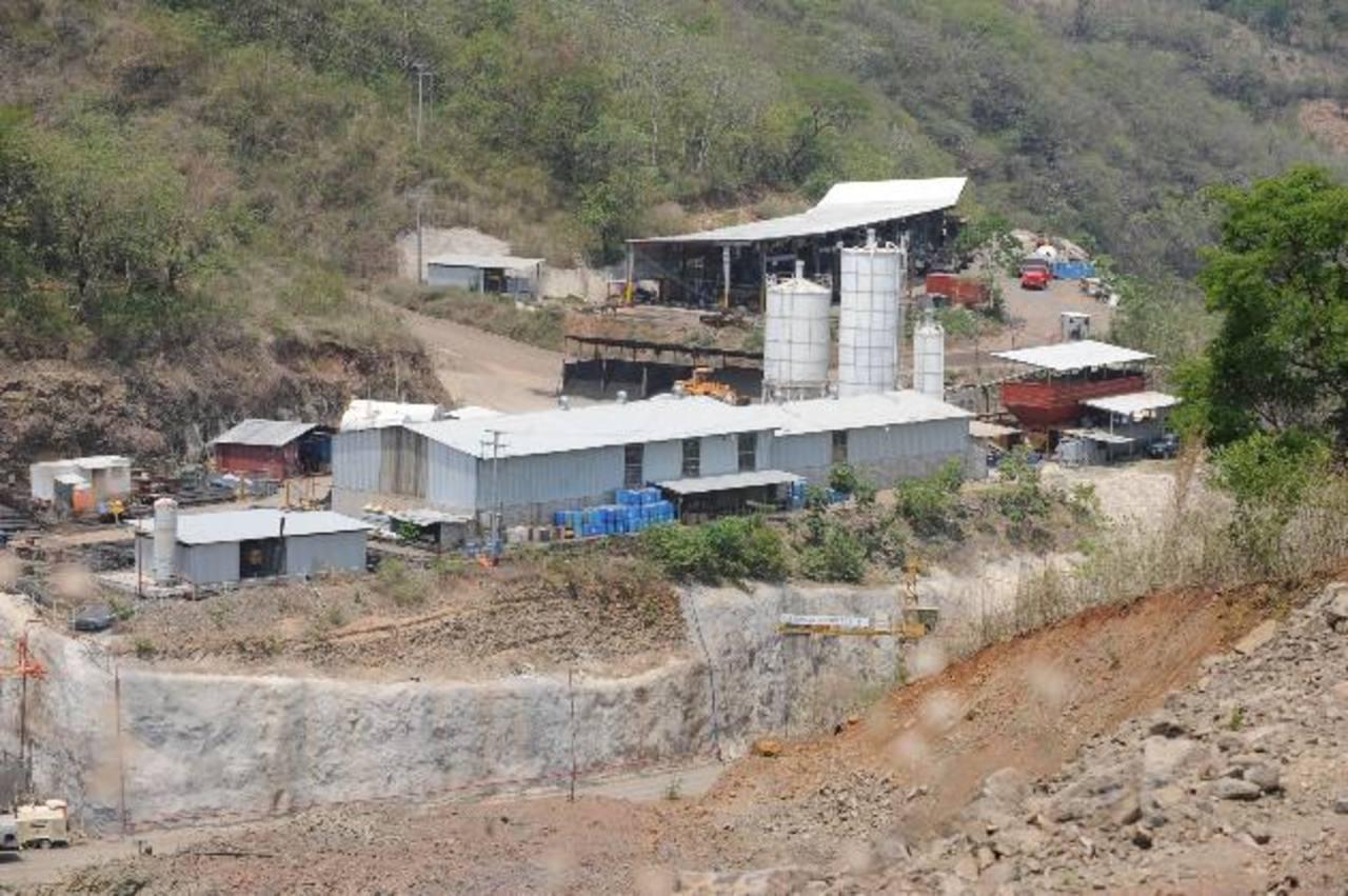 Empresas que aplican a El Chaparral, con señalamientos en otros países