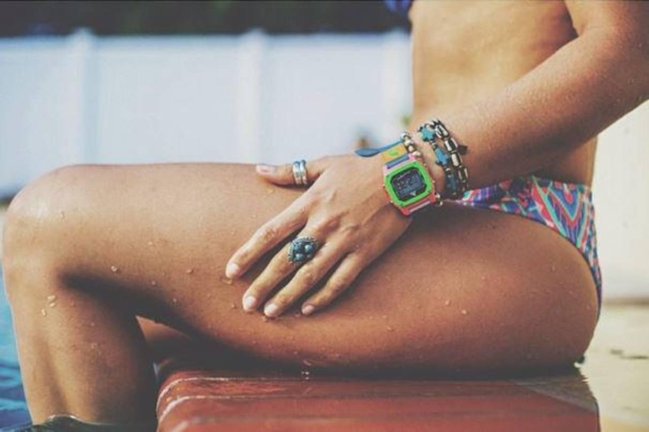 Fotos: Bella surfista pone Instagram a sus pies