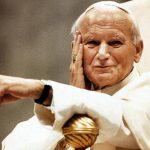 Las 10 fotos que recuerdan a Juan Pablo II