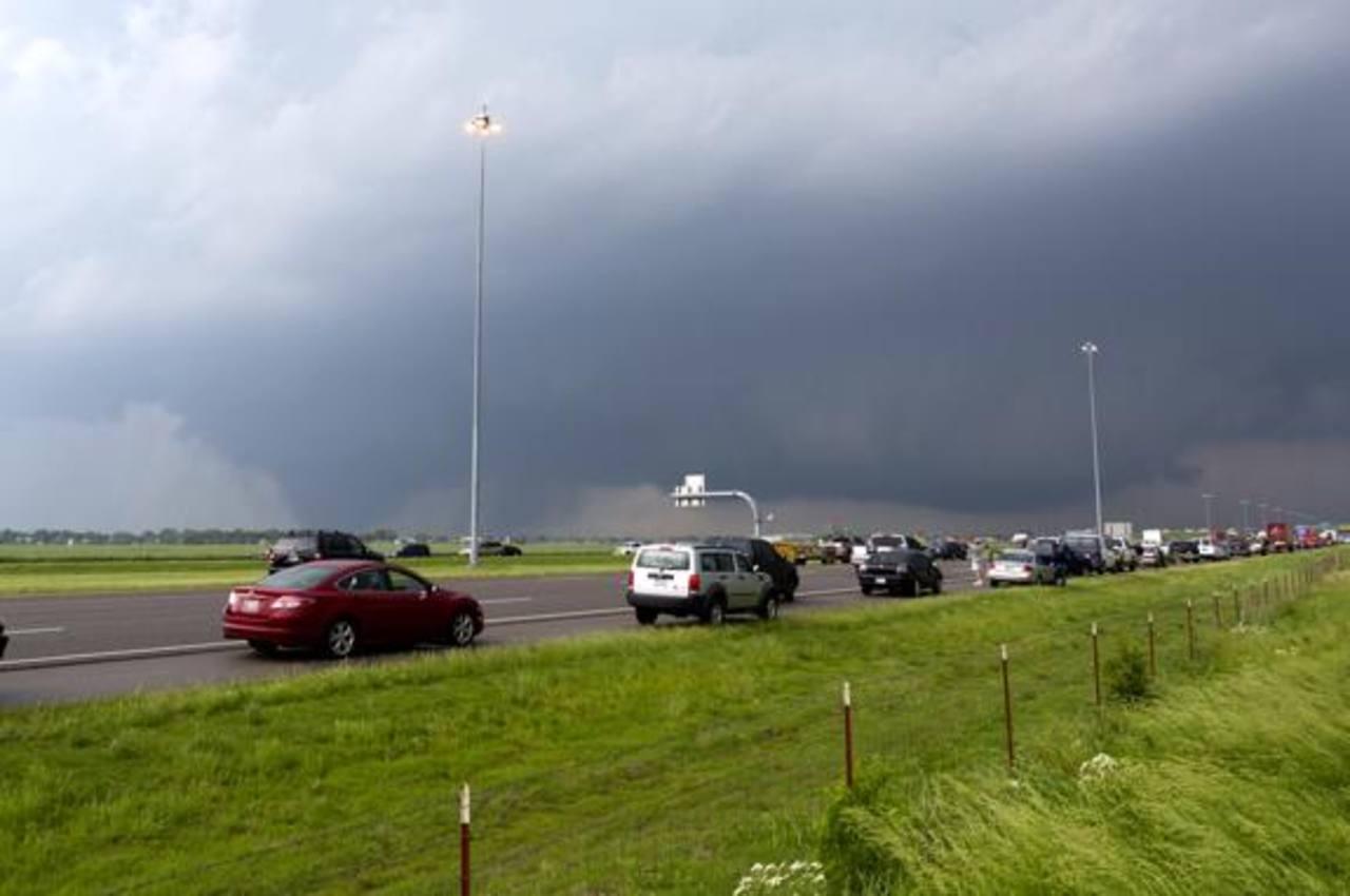 Tornados dañan casas y lesionan a decenas en Carolina del Norte