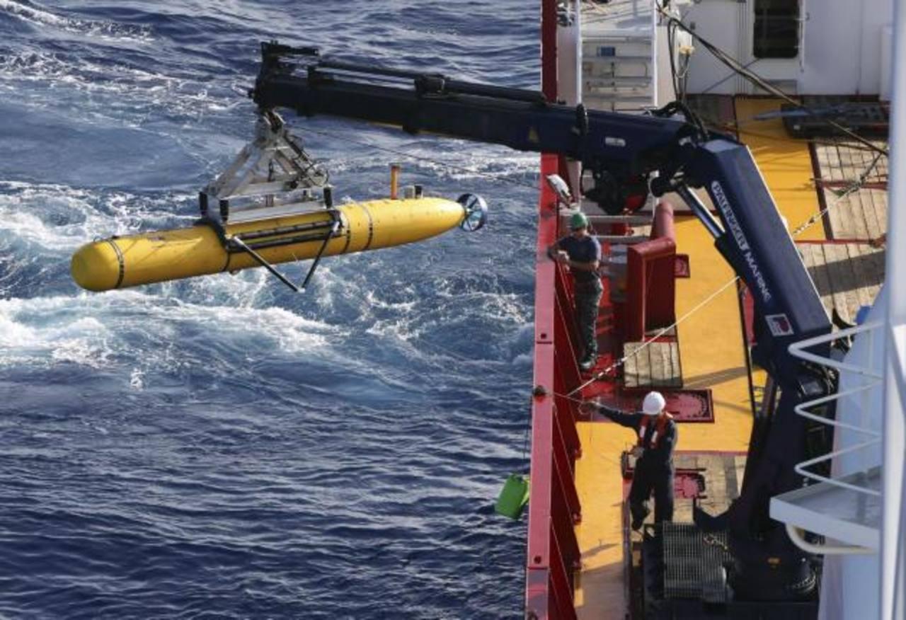 Búsqueda submarina de avión malasio desaparecido se completará la próxima semana