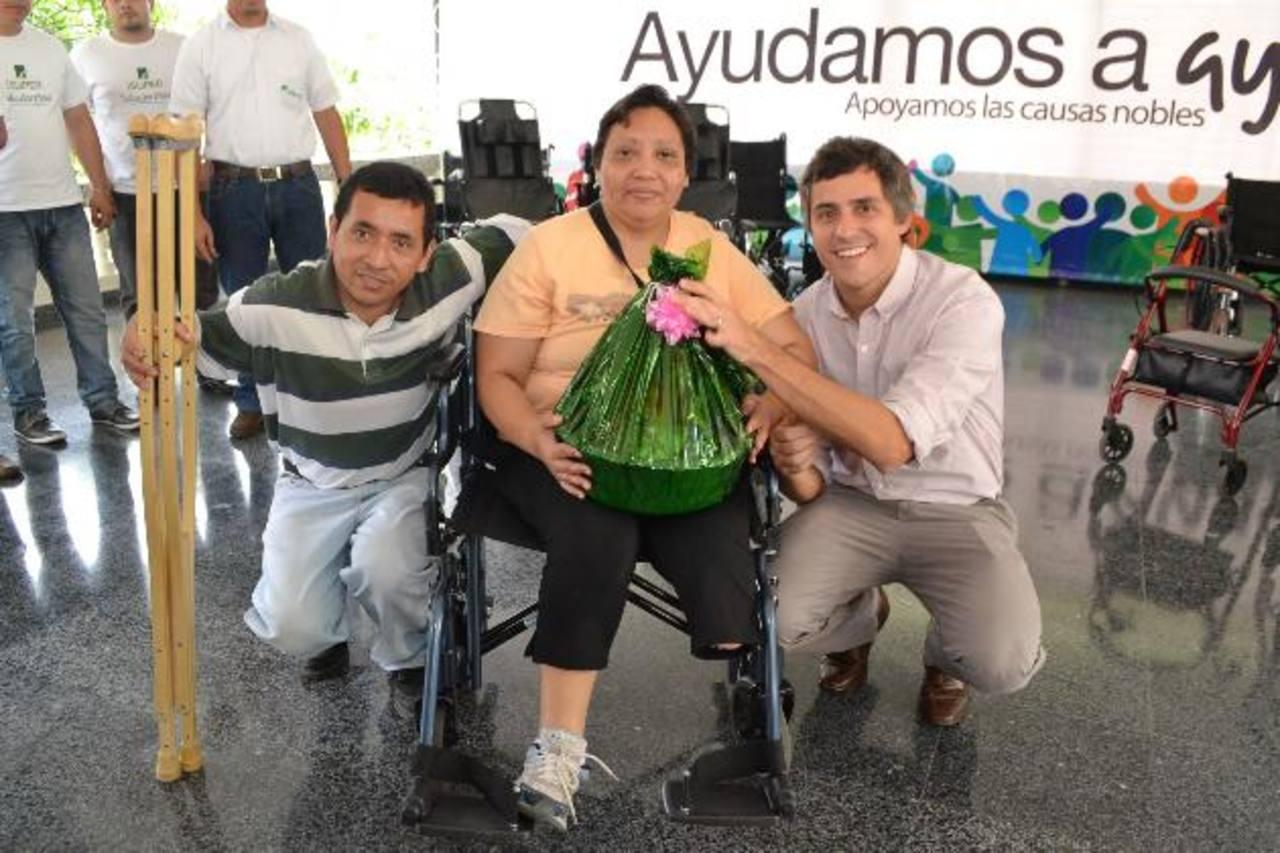 Doña Isabel Escalante fue una de las beneficiadas. Foto EDH/ Mario Díaz