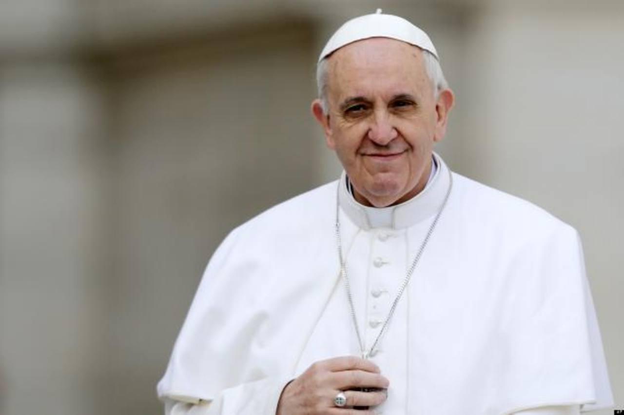 Papa llama a cristianos a ser testigos de Jesús Resucitado