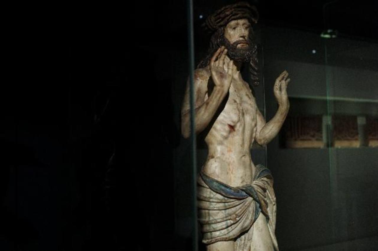 """La escultura """"El descendiente de la cruz"""" (1230-1240)."""