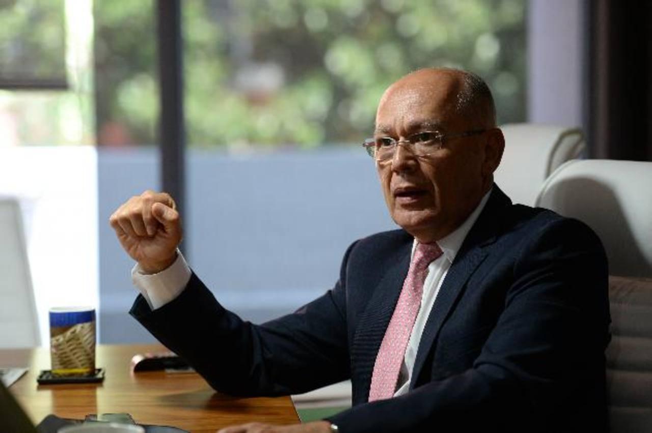 Sherman Calvo considera fundamental evitar restricciones a la publicidad. Foto EDH / Jorge Reyes