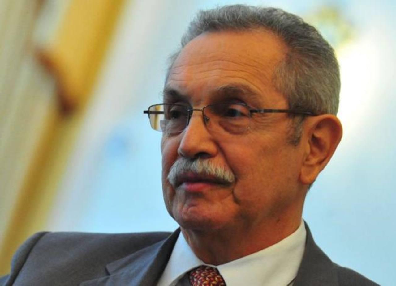 El Superintendente de la Siget, Luis Méndez Menéndez, habría renunciado al cargo. Foto/ Archivo