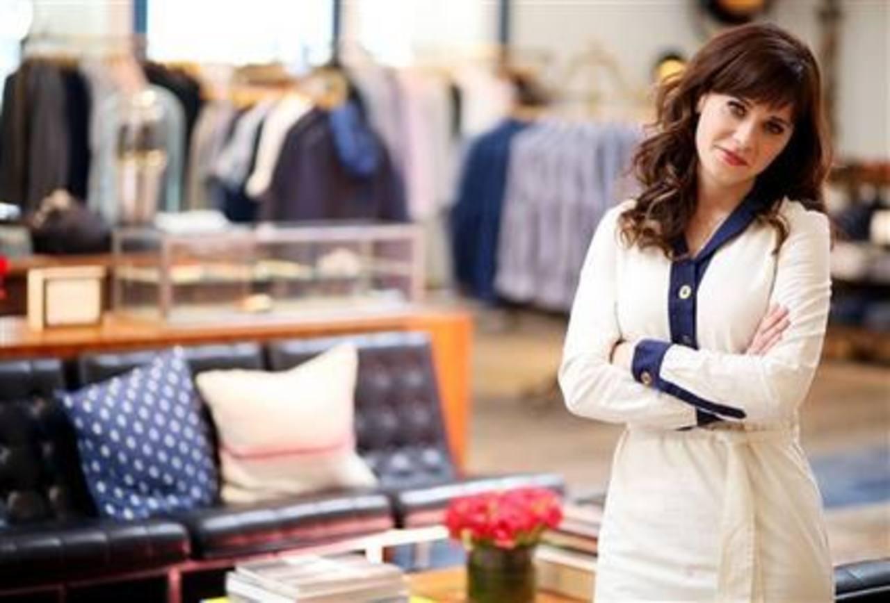 """La actriz de """"New Girl"""", Zooey Deschanel, colaboró con Tommy Hilfiger en la colección """"To Tommy, From Zooey""""."""