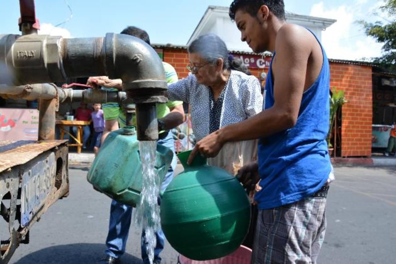 En Berlín, el mes pasado, los residentes del casco urbano experimentaron un corte prolongado del servicio de agua.