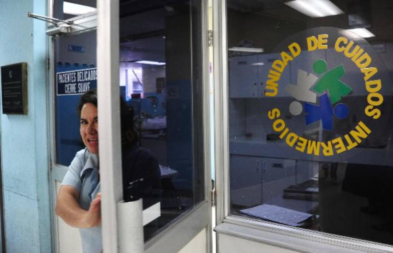 La niña estuvo en la Unidad de Cuidados Intermedios en el hospital Bloom, residía en Sonsonate. Foto EDH /archivo
