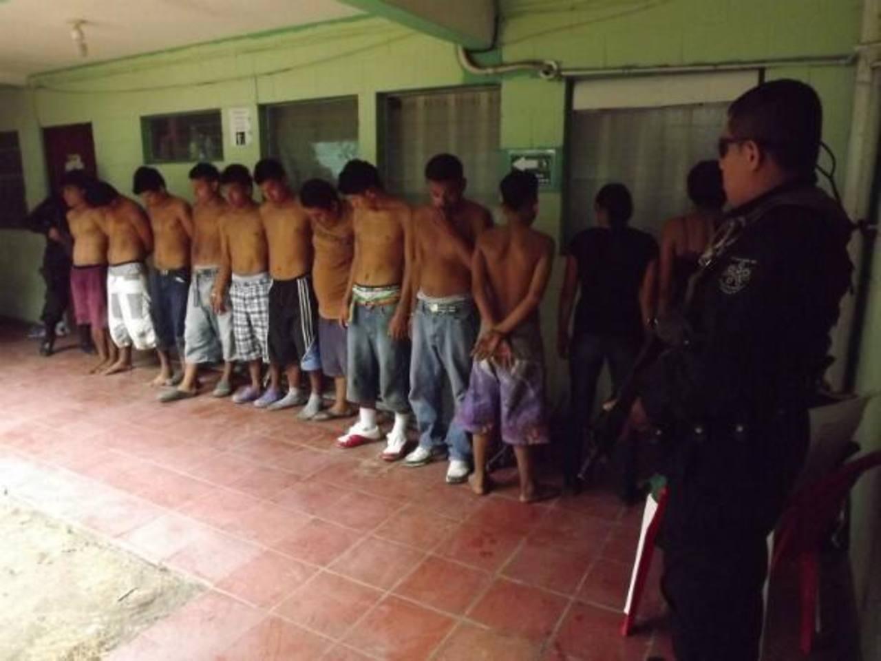 Miembros de banda que robaba a turistas.