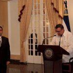 El presidente Mauricio Funes juramentó a Ástor Escalante como nuevo titular de la Siget.