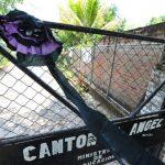 Según la Fiscalía y la Policía, la banda de narcos tenía ventas en el centro Escolar cantón El Ángel, situado en San Pablo Tacachico, La Libertad, donde tres profesores fueron asesinados en 2010 por pandilleros. Foto EDH/ Archivo