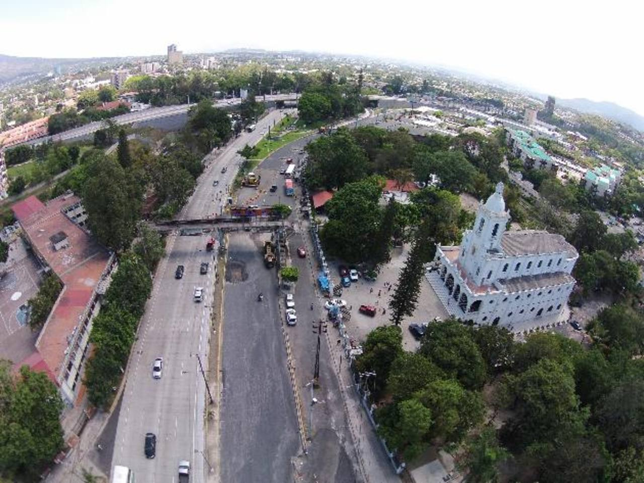 Siguen críticos 6 puntos en el Gran San Salvador