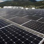 """El proyecto, denominado """"Sibo"""", se desarrolló en una extensión de casi 14 hectáreas en el que se instalaron 20,320 panales fotovoltáicos y 15 motores para la generación de energía."""