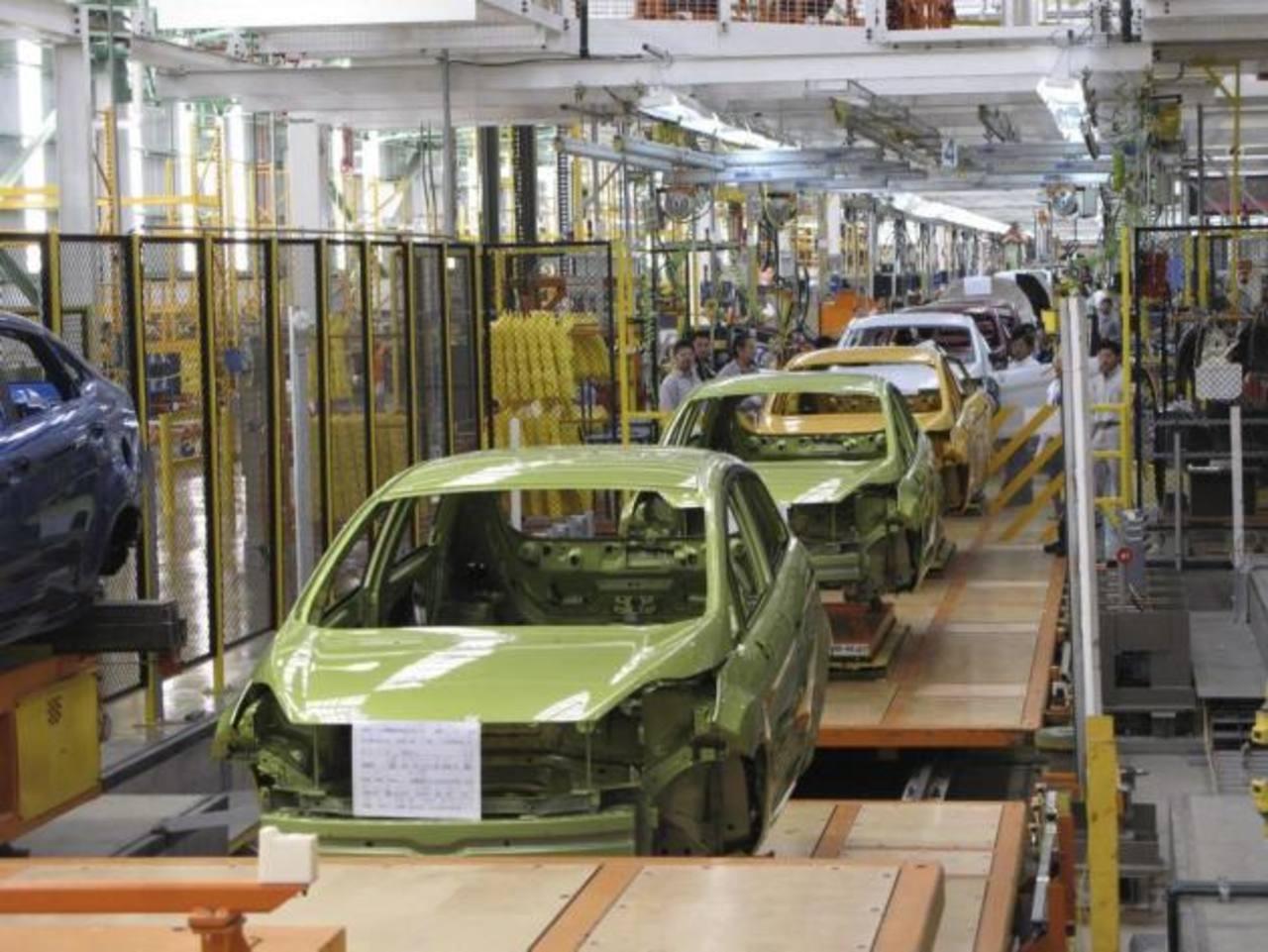 La caída de la demanda en EE. UU., ha afectado a México. FOTO EDH