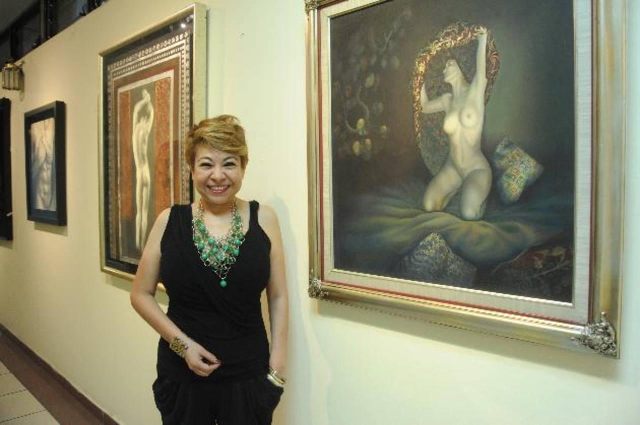 La artista se inspira en su trabajo con el cuerpo humano. Foto EDH/ Lissette Monterrosa