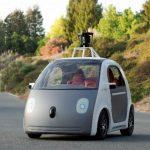 El prototipo de Google es eléctrico, dispone únicamente de dos asientos, es pequeño y muy compacto. foto EFE