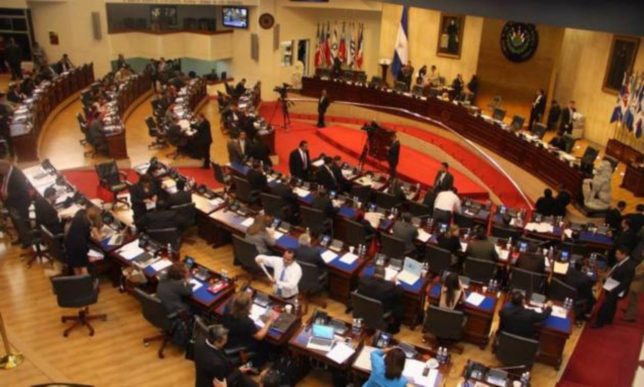 Diputados ven persecución política con la reforma fiscal