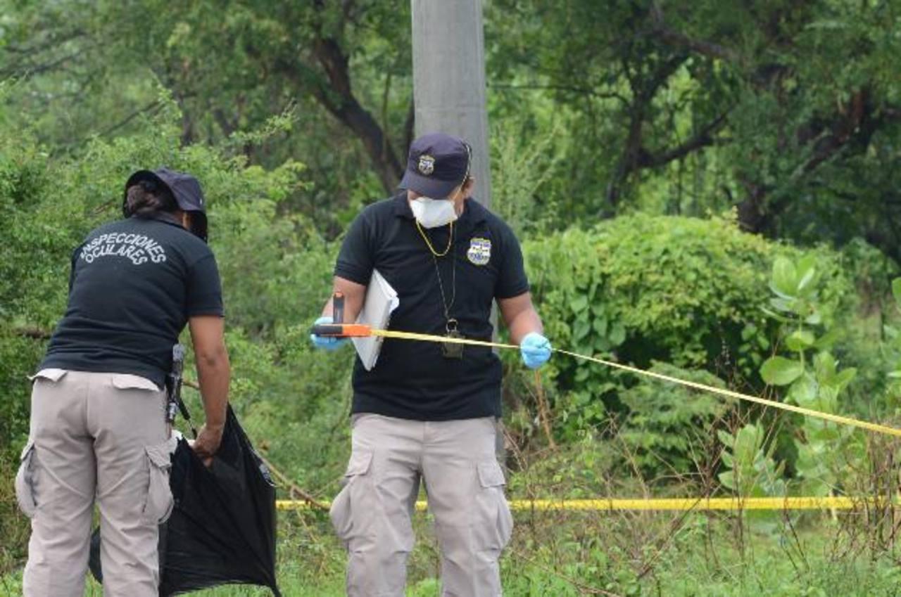 Custodios de penal de Zacatecoluca y agente de PNC entre víctimas de ataque a bus R-302
