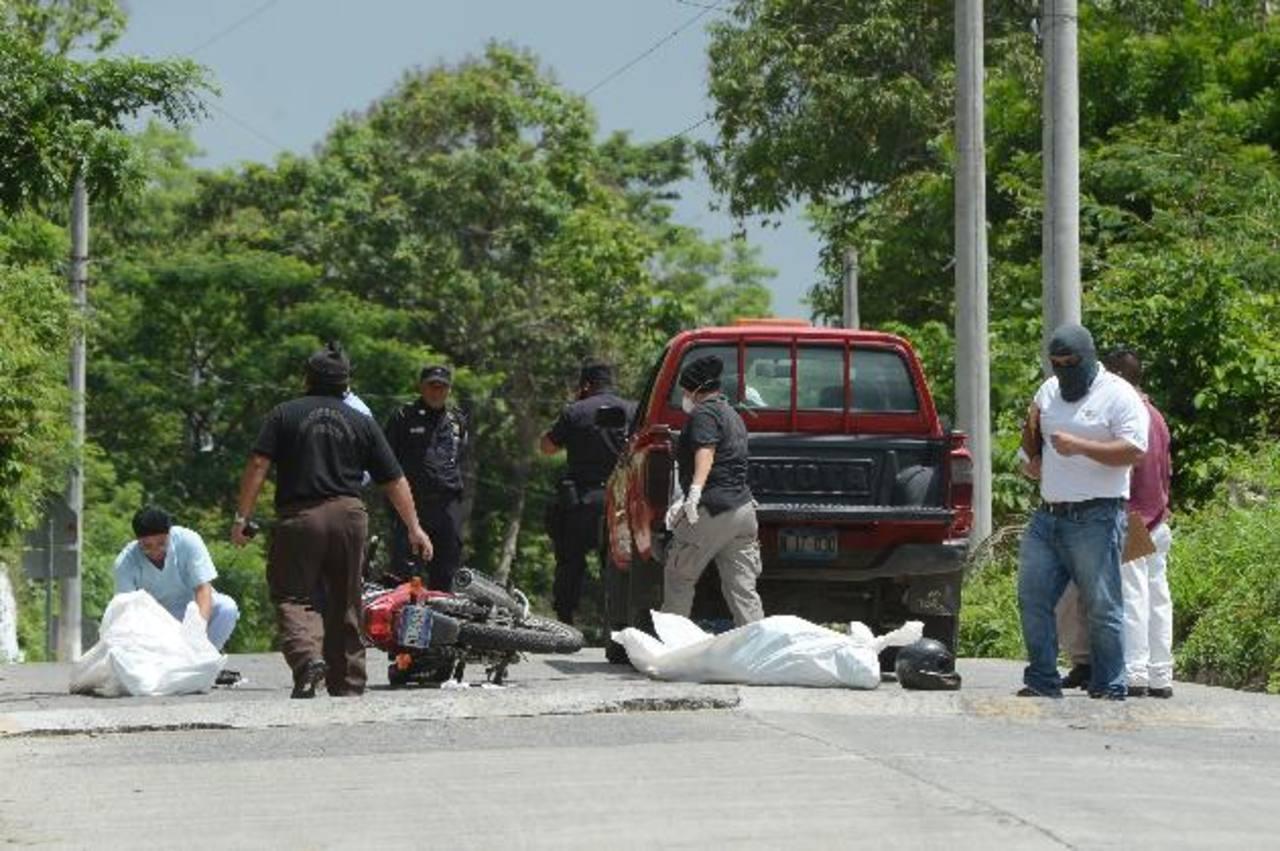 Sitio donde asesinaron al vendedor y al vigilante. Foto EDH /Jaime Anaya