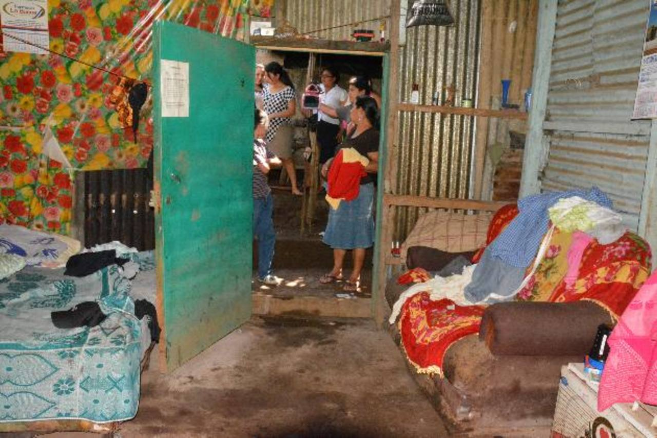 Lugar donde un hombre mató a su esposa en Santiago de María, Usulután. Foto EDH / Carlos Segovia.