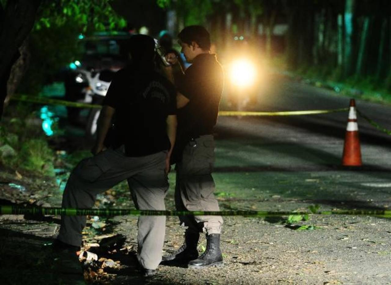 Un pandillero muerto y dos policías heridos tras tiroteo en San Vicente