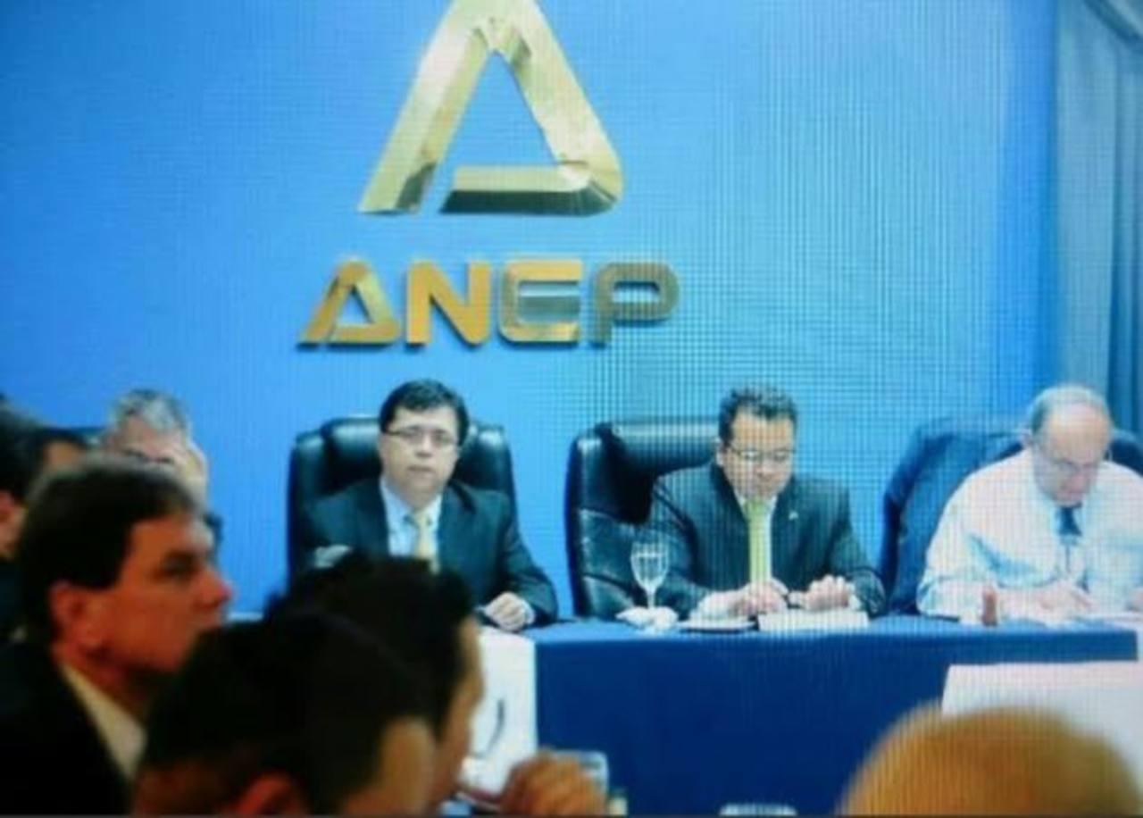 ANEP se reúne con gobierno electo por tema reformas fiscales