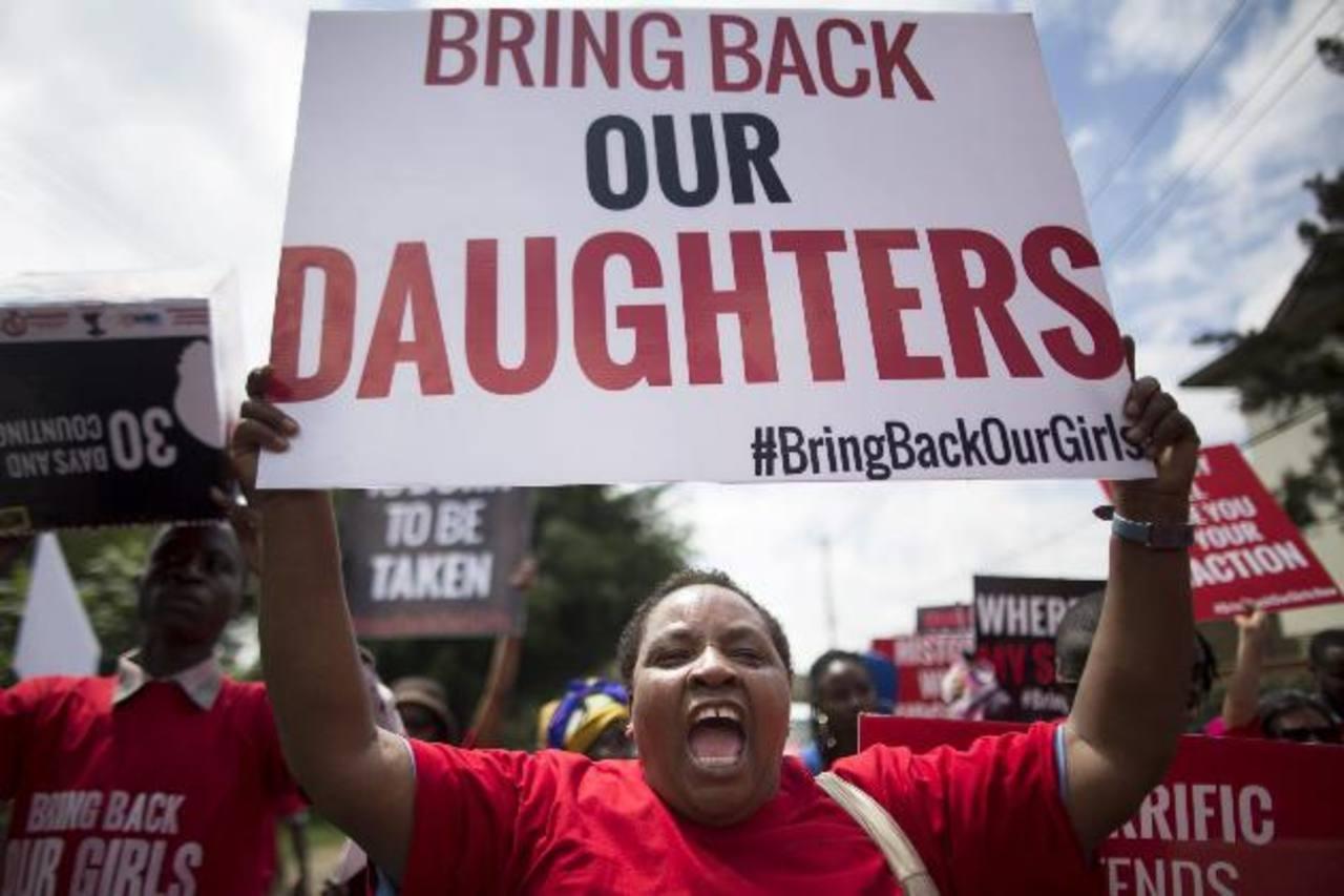 Kenianos corean consignas contra el secuestro de alumnas nigerianas foto edh / efe