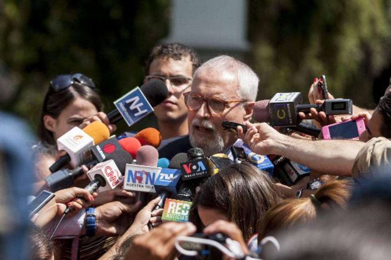 El secretario ejecutivo de la Mesa de la Unidad Democrática (MUD), Ramón Guillermo Aveledo, tras la reunión con los cancilleres.