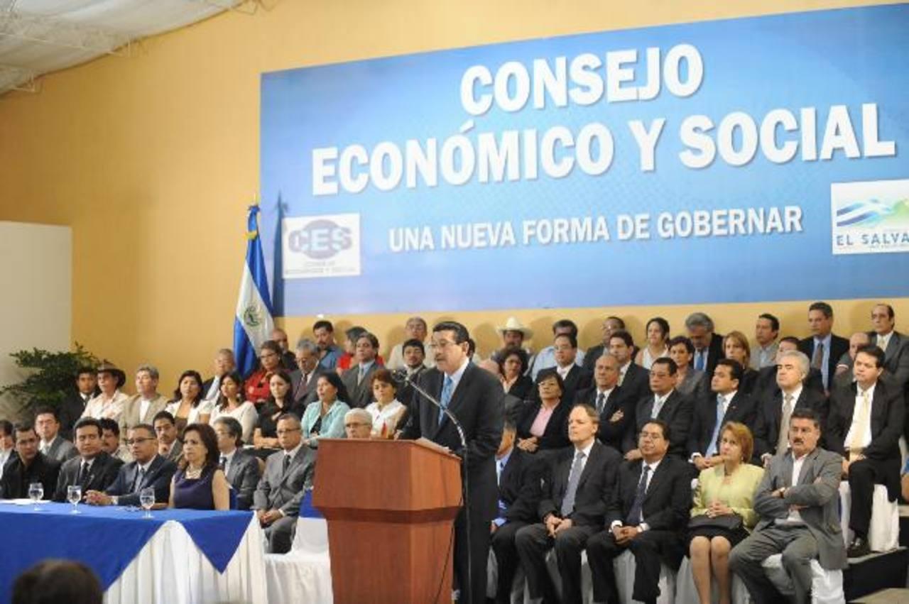 El Consejo Económico Social (CES) siguió funcionando pero sin la participación de la empresa privada. foto EDH / archivo