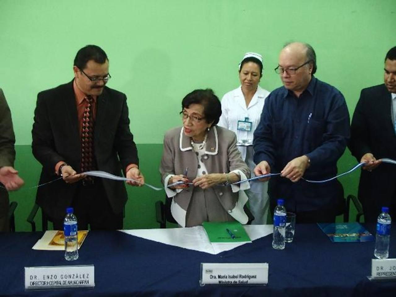 El Ministerio de Salud (Minsal) realizó un evento ayer para inaugurar las nuevas instalaciones. Foto edh / R. ZAMBRANO.