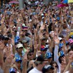 Opositores convocan a protestas en Caracas