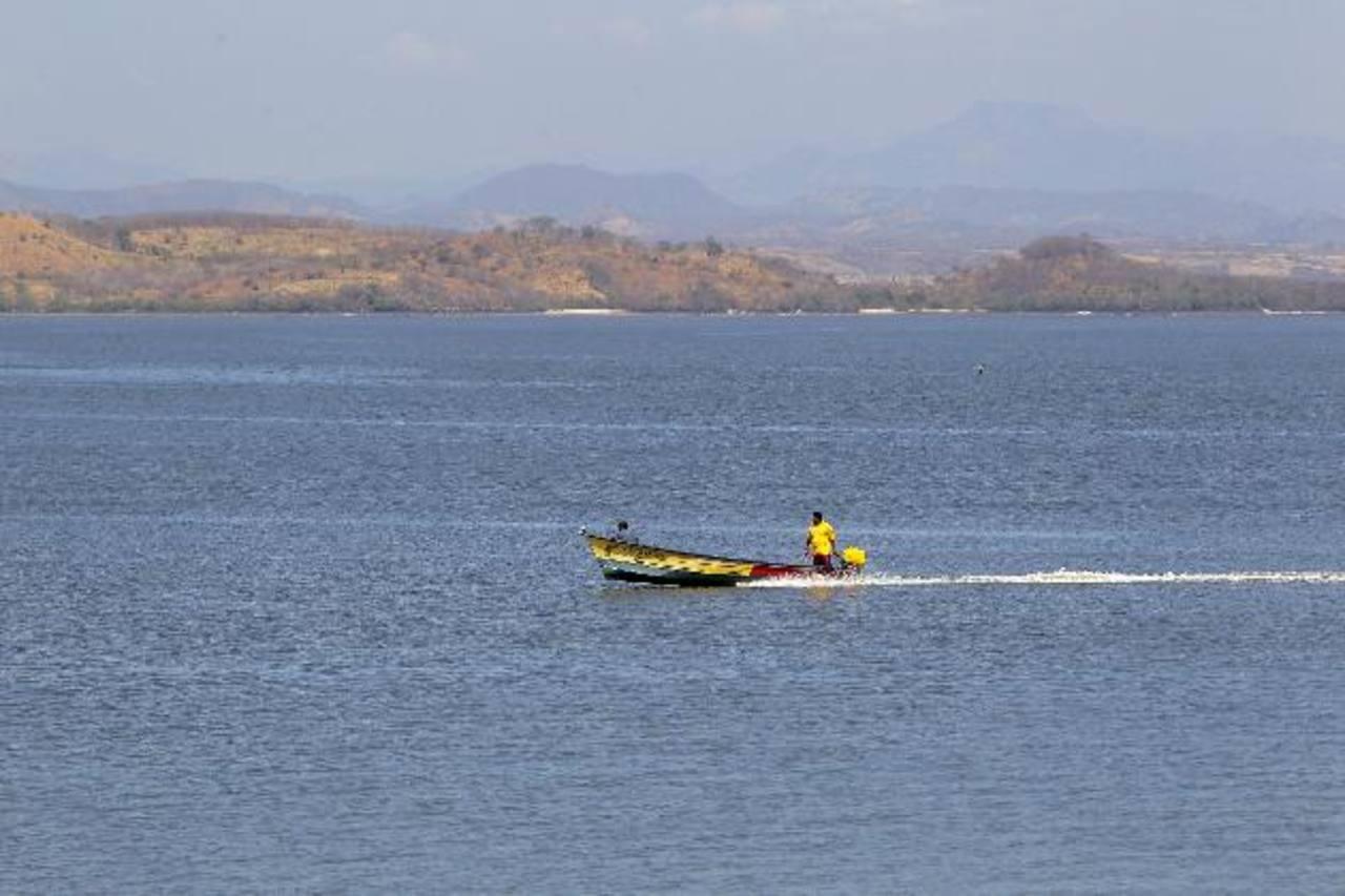 Cancillería salvadoreña investiga incidente en que murió pescador hondureño