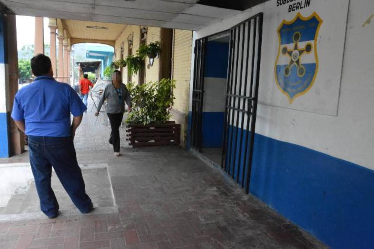 Los cuatro policías estaban en el puesto de Estanzuelas, Usulután, donde fueron capturados. Foto EDH / Archivo