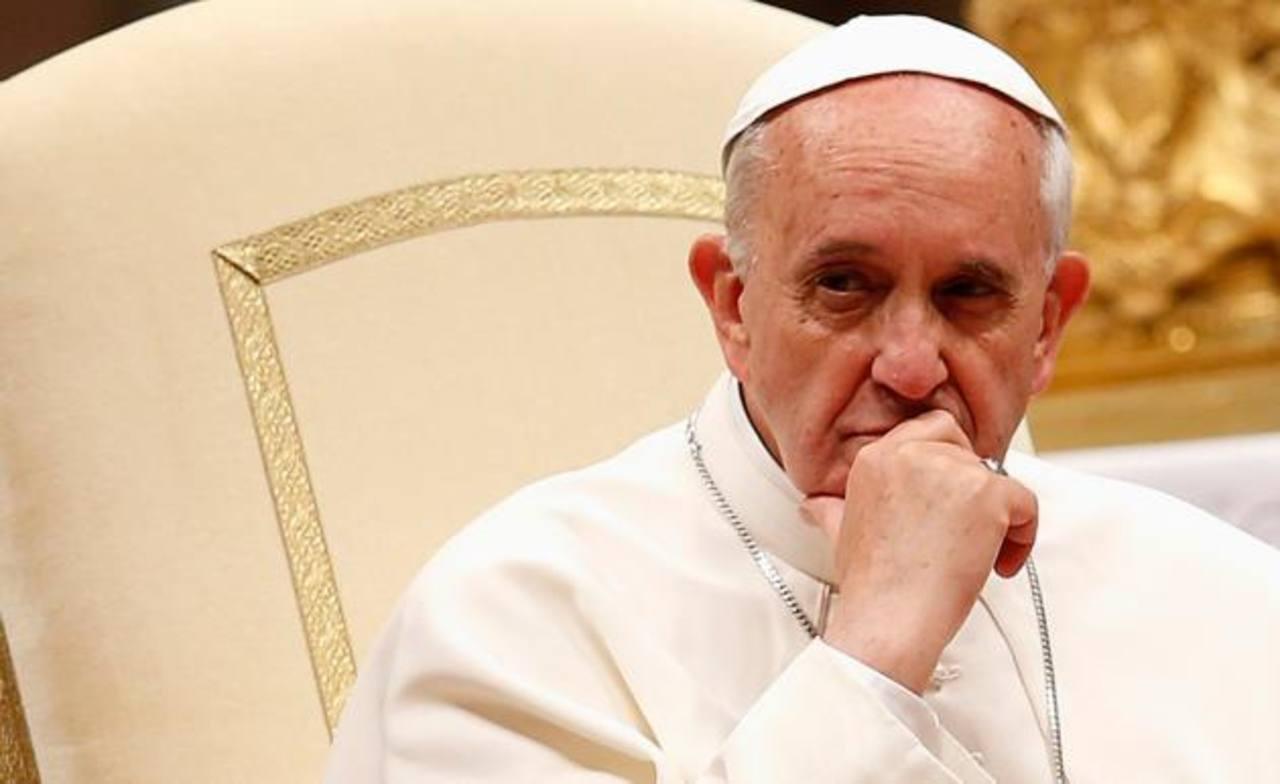 El Papa se enfada por lujosa comida en Vaticano
