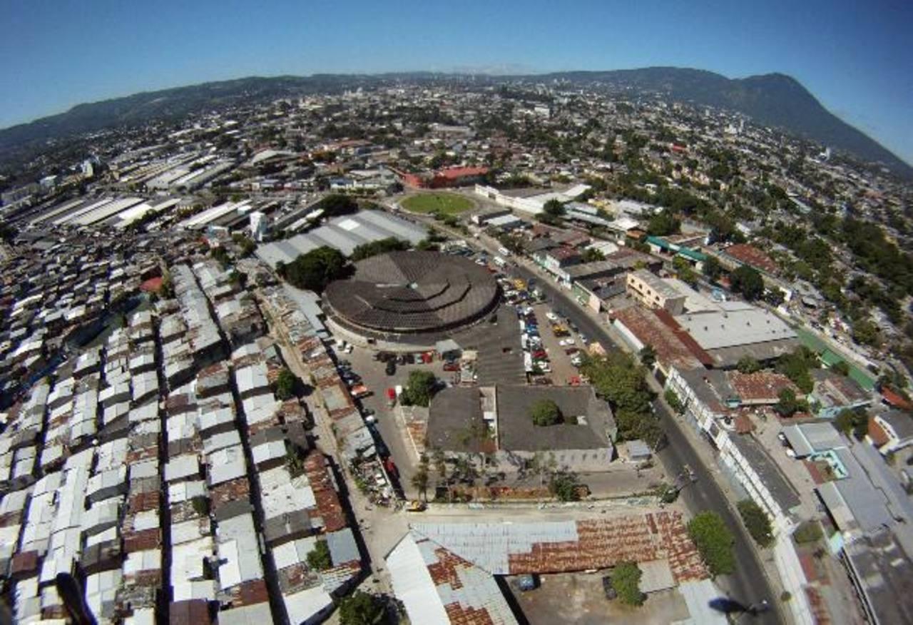 Continúa deterioro de la economía salvadoreña, según FUSADES