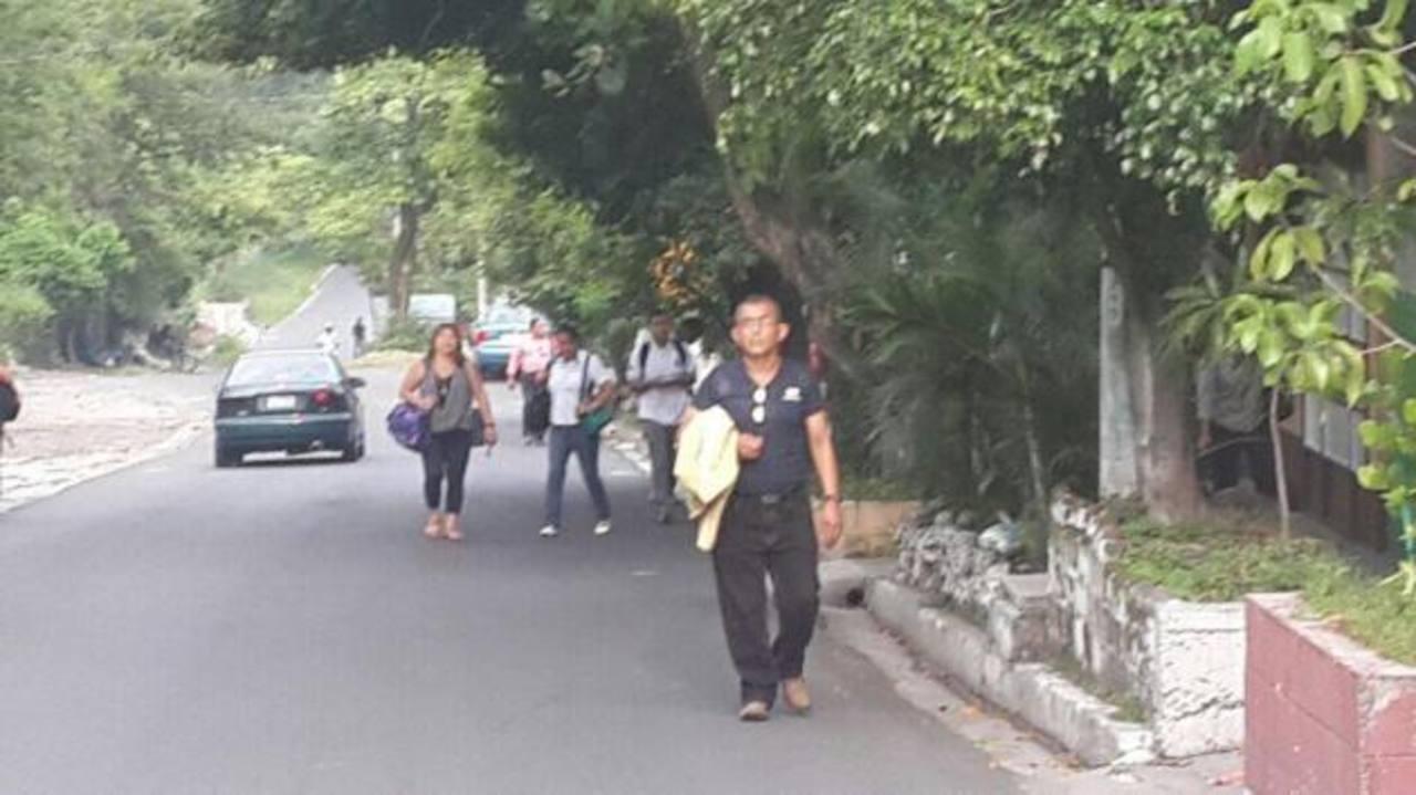 Afectados por paro de ruta 41 F, en Soyapango.