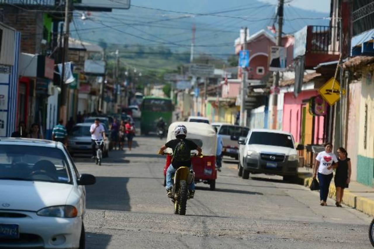Las amenazas de las pandillas han creado miedo, confusión e incertidumbre en Nueva Concepción. Foto EDH / René Quintanilla