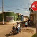 En la imagen las señales viales en la Avenida Monseñor Romero, en Chalchuapa.