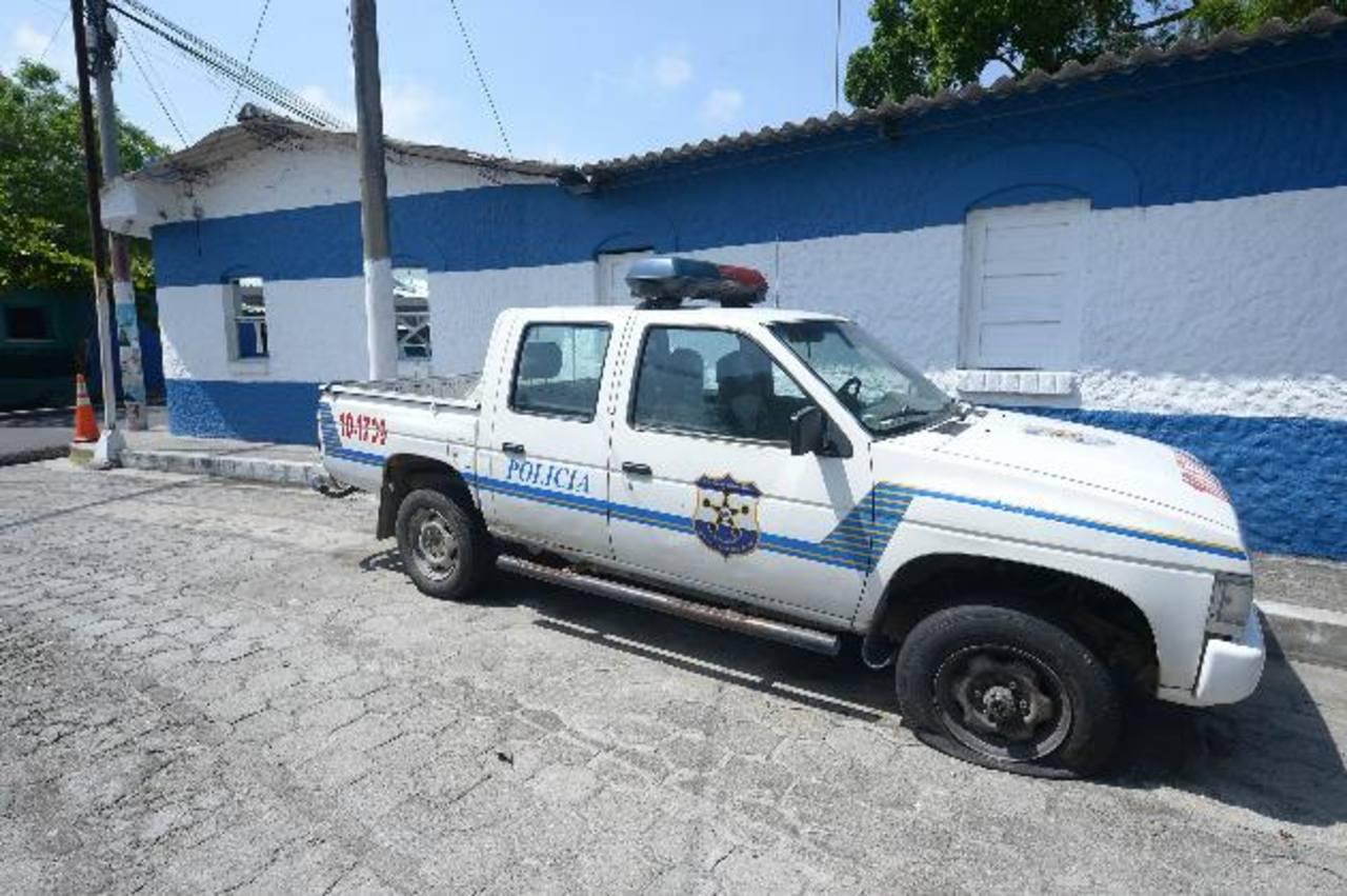 Policías con sobrecarga laboral en Perulapán