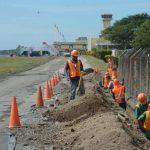 Las mejoras del aeropuerto dependen de Fomilenio II. Foto EDH
