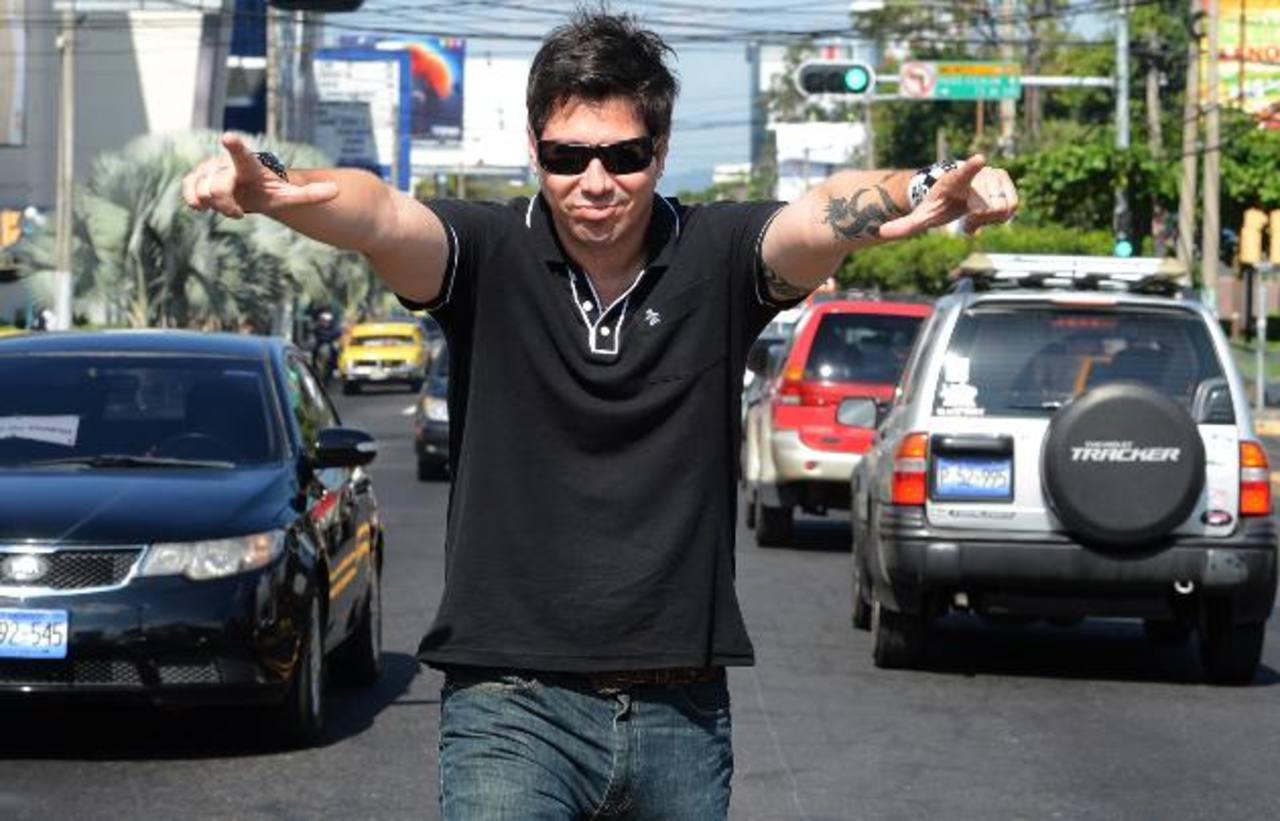 Emilio Regueira estuvo realizando una gira de medios en El Salvador. foto EDH / Ericka Chávez