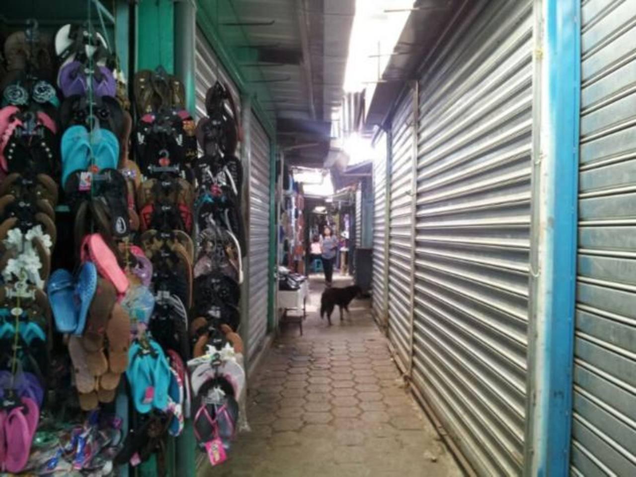 Negocios en Ilobasco cierran ante rumores de toque de queda de pandillas