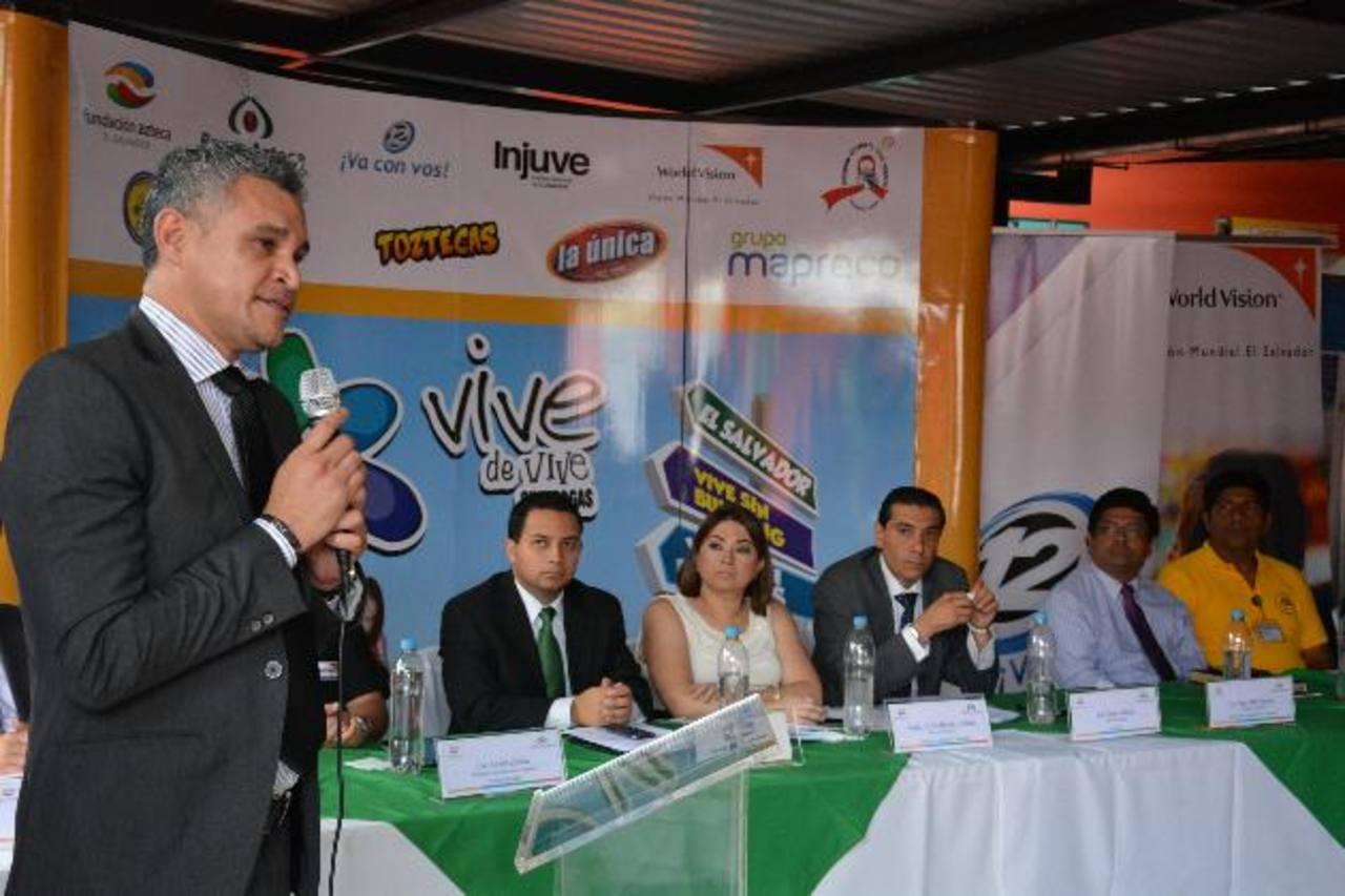 Odir Miranda, de Asociación Atlacatl, hablará sobre el tema de VIH en la gira. Foto EDH/IRIS LIMA