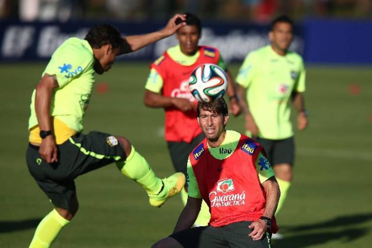 Selección brasileña se entrena de cara al Mundial de Fútbol 2014. Este seleccionado es el más popular en Twitter.