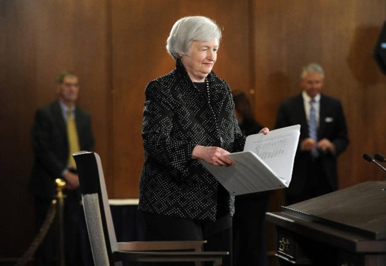 La presidenta de la Reserva Federal, Janet Yellen, llega a una conferencia de prensa hoy, en Washington, donde habló sobre las perspectivas de la economía.