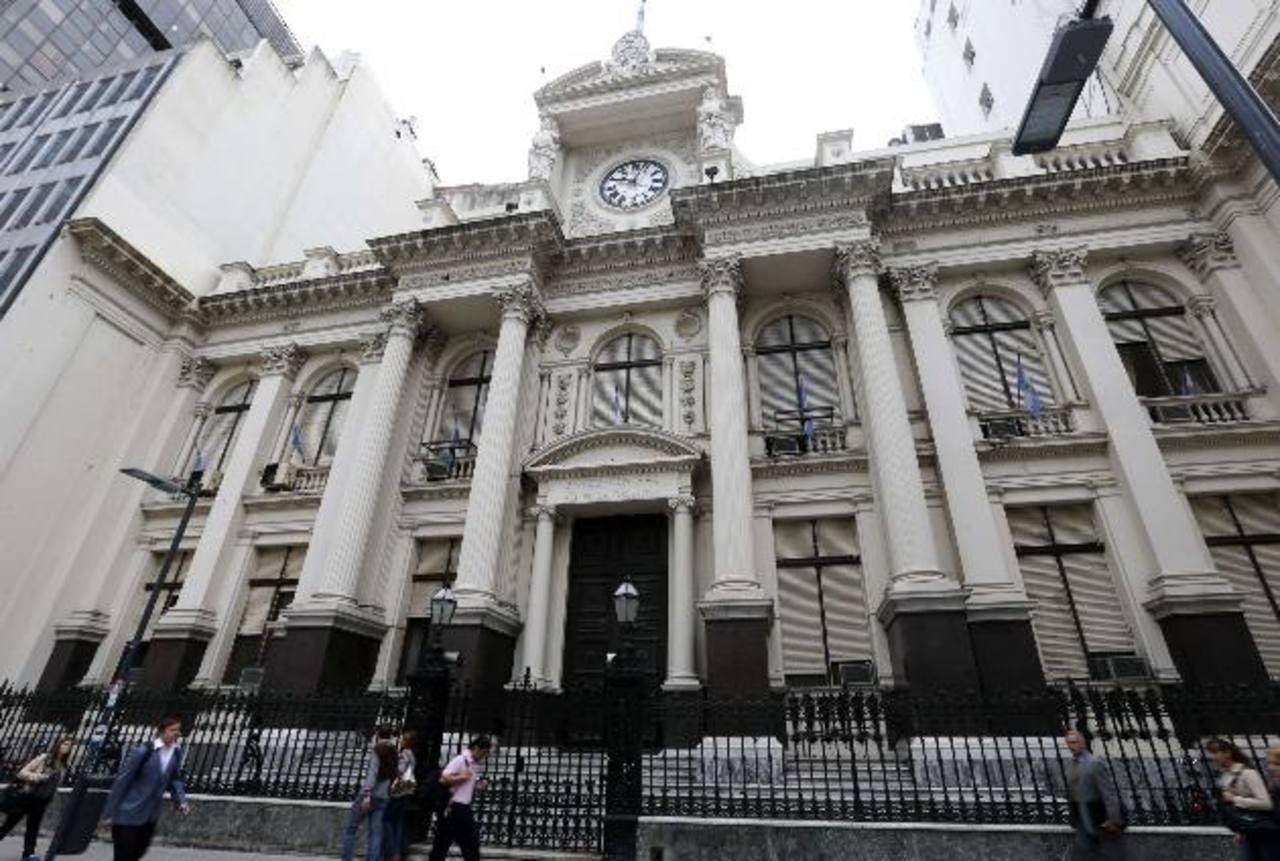 La mitad de las reservas argentinas se comprometerían en el pago de deuda. Foto edh / archivoArgentina estaría cerca de un nuevo default. foto edh / archivo