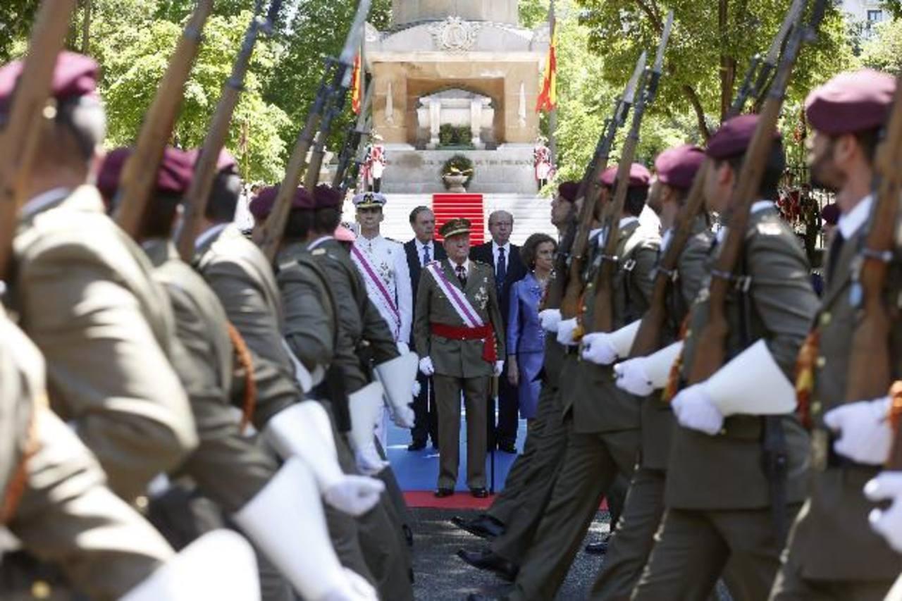 FOTOs EDH / efe-apLos Reyes y los Príncipes españoles a su llegada a la madrileña plaza de la Lealtad. foto edh