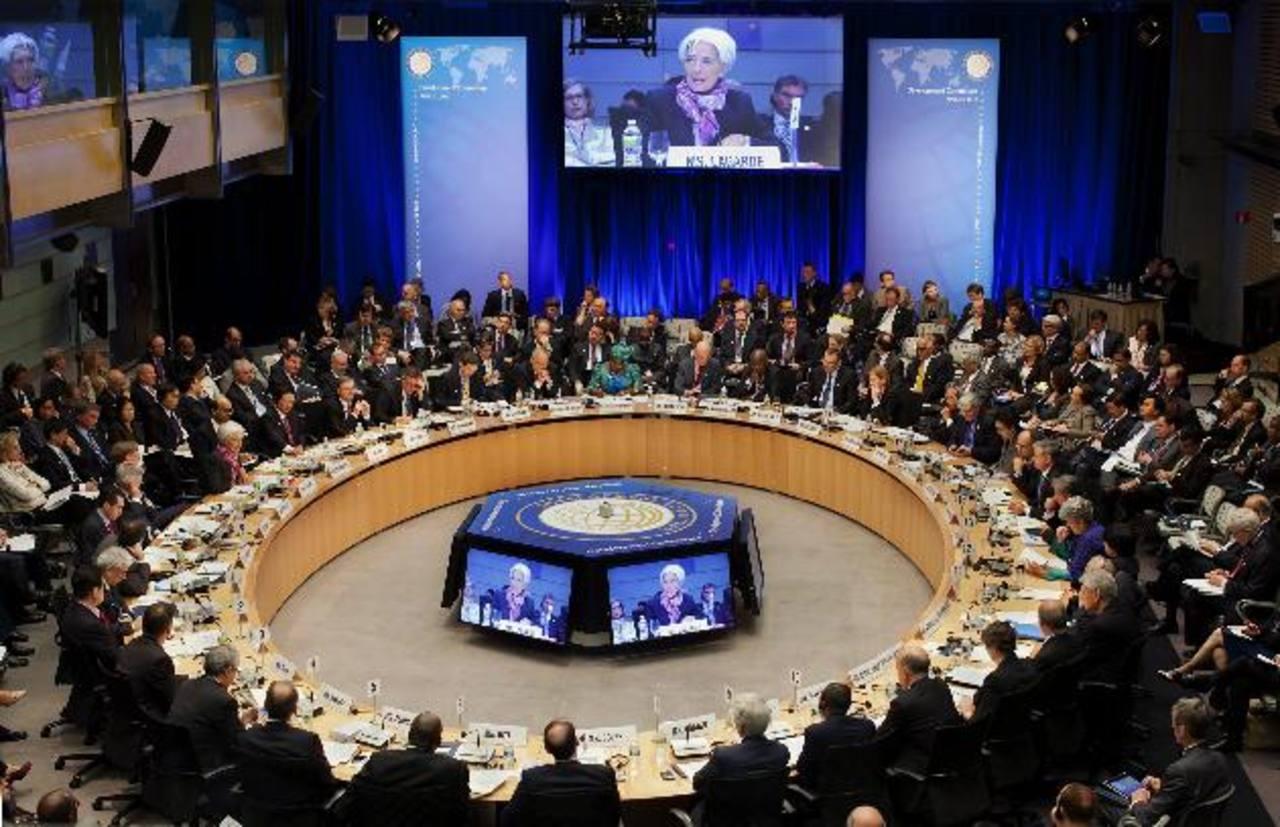 FMI les ha recomendado mayor eficiencia en recaudación tributaria. Foto EDH/archivo